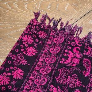 Black & Pink Elephant Print Sarong One Size